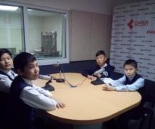 Воспитанники «Айылгы» на радио НВК Саха.