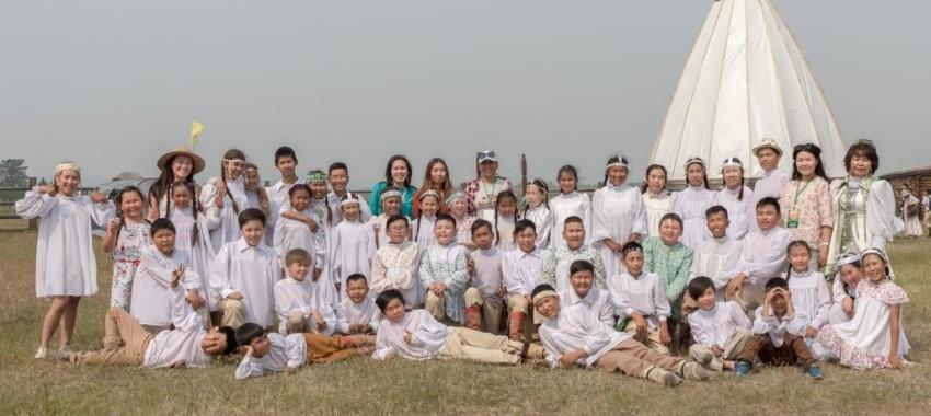 Воспитанники лагеря «Айылгы» на Ысыахе Туймаады-2019